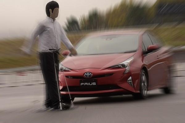 ブレーキアシスト機能で安全性向上